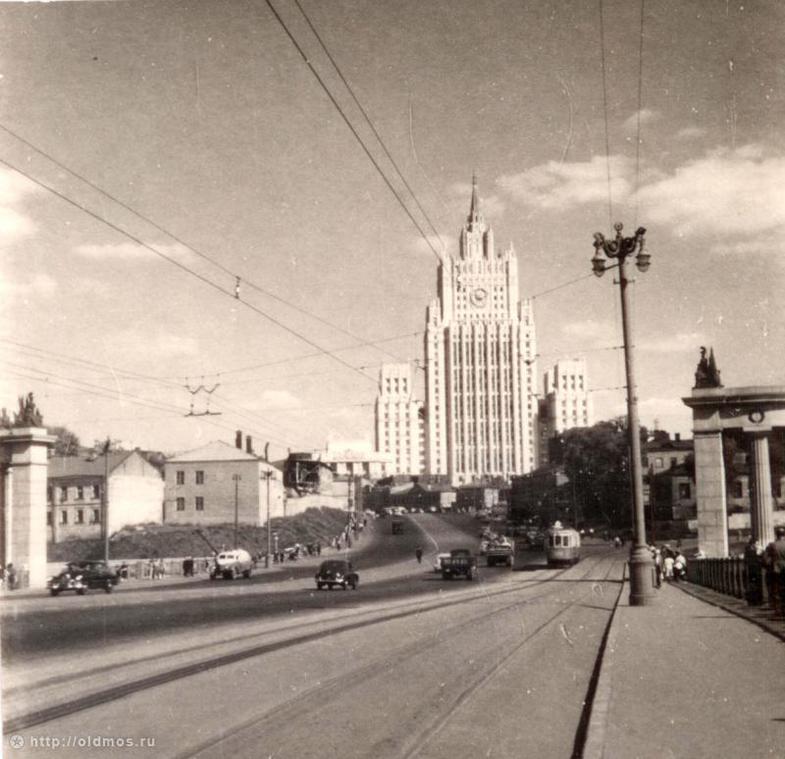 Navigator-Smolenskaya-Vargunihinskaya-gora_M_Pankratov-14-1956