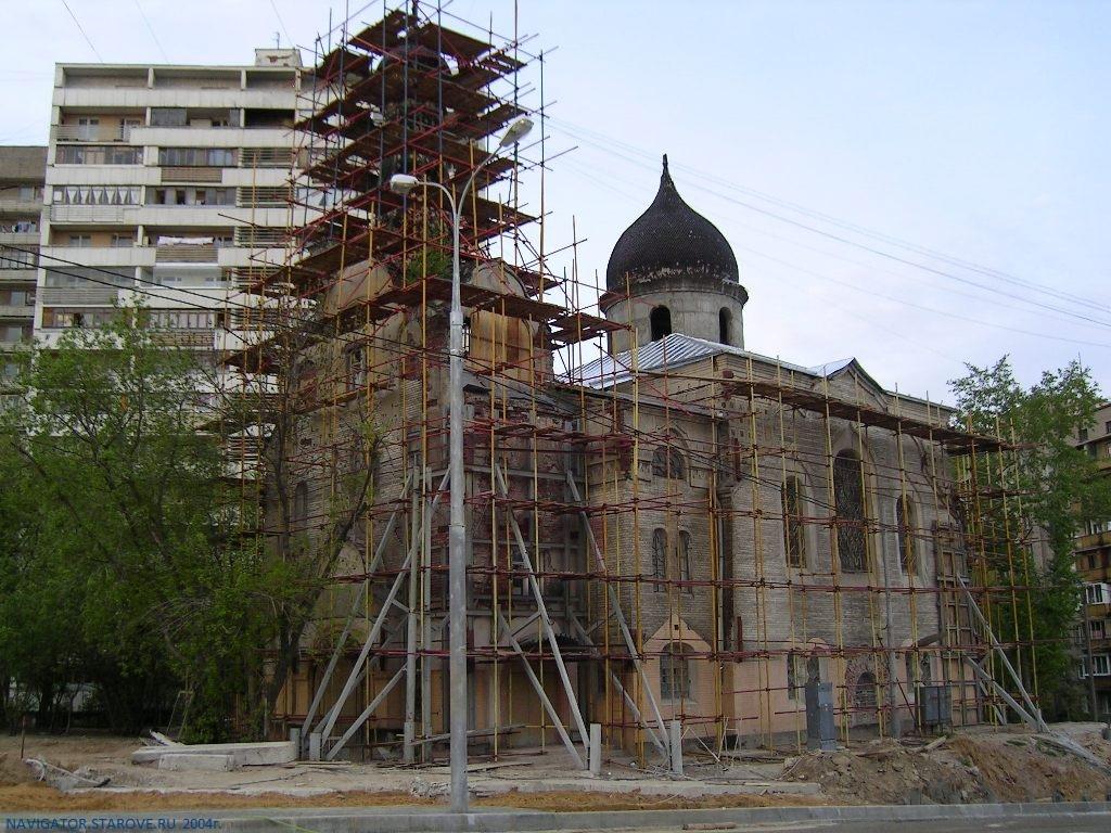 При строительства ТТК храм треснул. Правительство Москвы отреставрировало памятник архитектуры для... мордобоя
