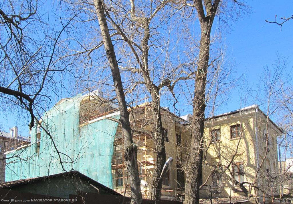 Бывший храм во имя св. Апостола Петра и Павла в доме Нырковых (Шелапутинский пер. 1)