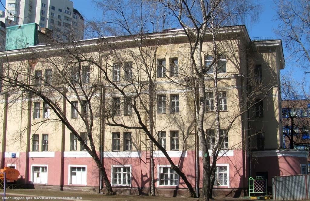 Бывшая церковь Успения Пресвятой Богородицы на Апухтинке (Новоселенский пер. 6), постройки 1907 г.
