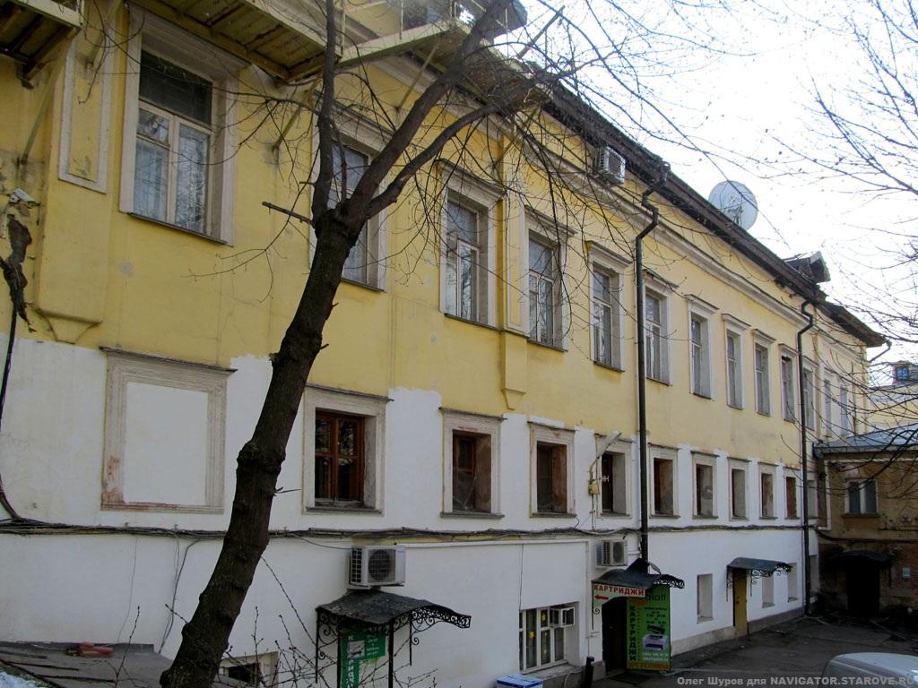 Бывшая моленная в доме Смирнова (ул. Александра Солженицина, д. 22).