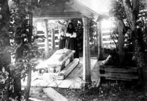 Гробница Манефы «Старой» (конец XIX века)