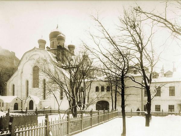 Церковь Общины Старообрядцев Поморского Согласия, вид с территории комплекса. 1909 г.