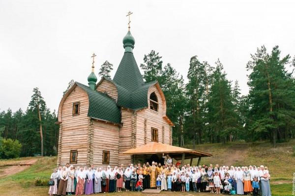 Старообрядческий храм во имя иконы Пресвятыя Богородицы Всем скорбящим Радость. Тольятти.